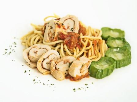 Chicken Roll with Pasta Muscle